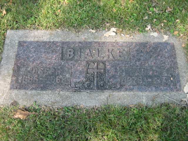 Bialke, Joseph and Anna, Companion Memorial